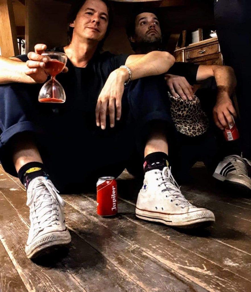 LVE en Wardrobe: we zijn twee bands in eenzelfde schuitje