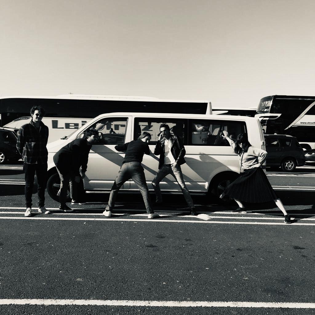 gastColumn: UK tour dagboek AAD